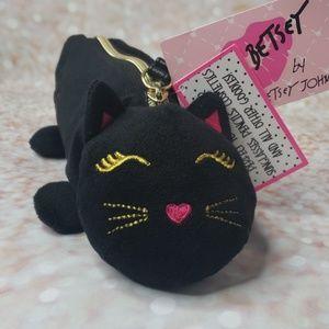 Betsey Johnson black cat wristlet carry all pounch